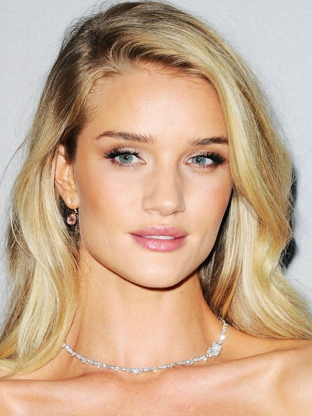 Rosie Huntington-Whiteley Plastic Surgery