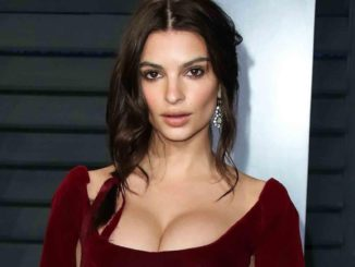 Emily Ratajkowski's Plastic Surgery